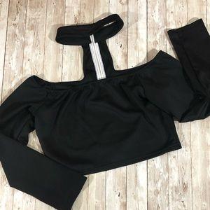 Tops - Choker Black Zipper Back Crop Top Size Large